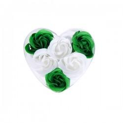 Fleurs de savon présenté dans une boîte en forme de coeur